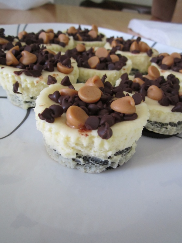 Peanut Butter & Chocolate Chip Oreo Cheesecakes